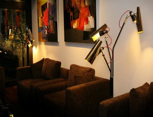 capa vintage floor lamps Get a luxury living room design with vintage floor lamps capa 6 600x460