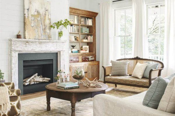 cozy living room Cozy Living Rooms to Warm Up Your House All Winter Long Cozy Living Room featured 600x400