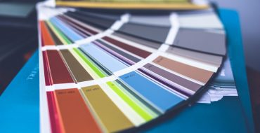 5 Color Palettes To Inspire Your Living Room Makeover living room makeover 5 Color Palettes To Inspire Your Living Room Makeover color paint palette wall painting 370x190