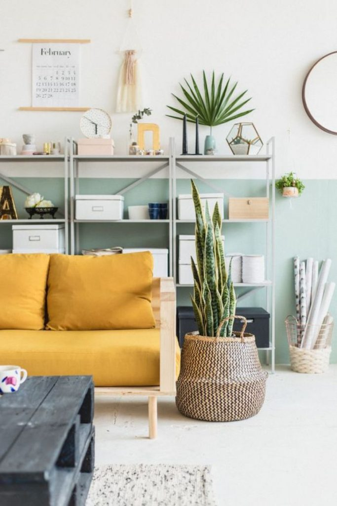 Living Room Color Trends A Touch Of Yellow For Summer_3