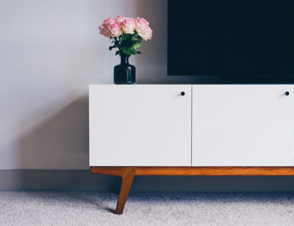 Modern Sideboards To Clench Your Mid-Century Modern Thirst modern sideboards Modern Sideboards To Clench Your Mid-Century Modern Thirst Perfectly Designed Modern Sideboards To Clench Your Mid Century Modern Thirst 1 600x460