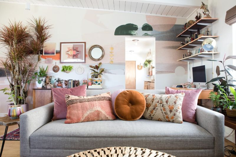 3 Disappearing Living Room Design Trends That You Might Want To Avoid