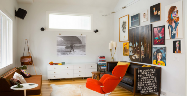 These Orange Living Rooms Will Make You Fall In Love All Over Again!_feat