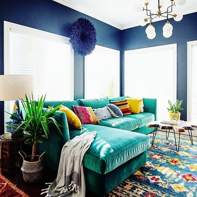 10 Living Room Designs With Colorful Sofas For Bold Design Lovers_5 colorful sofas 10 Living Room Designs With Colorful Sofas For Bold Design Lovers 10 Living Room Designs With Colorful Sofas For Bold Design Lovers 5