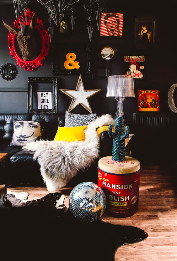 15 Maximalist Living Room Decor Ideas For Your Heart's Content_13 maximalist living room 15 Maximalist Living Room Decor Ideas For Your Heart's Content 15 Maximalist Living Room Decor Ideas For Your Hearts Content 13