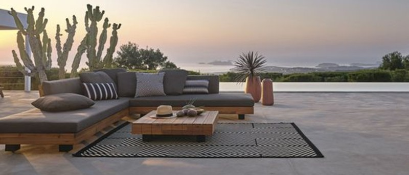 Get Inspired To Create Your Own Outdoor Living Room! outdoor living room Get Inspired To Create Your Own Outdoor Living Room! 6a405e8c83f95a5725a246eb1d677320