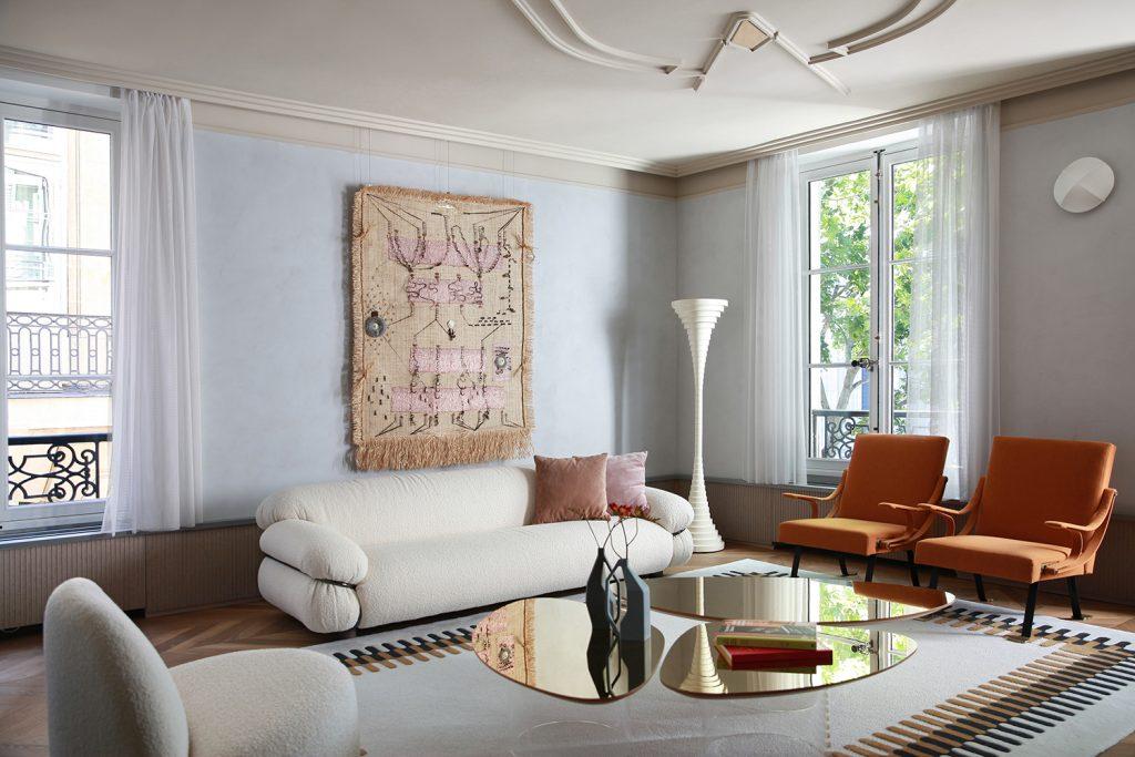 3 striking Italian designed Living Rooms you have to see! italian designed living rooms 3 Striking Italian Designed Living Rooms You Have To See! Marcante Testa PARIS phRipamonti LOW 2 1024x683