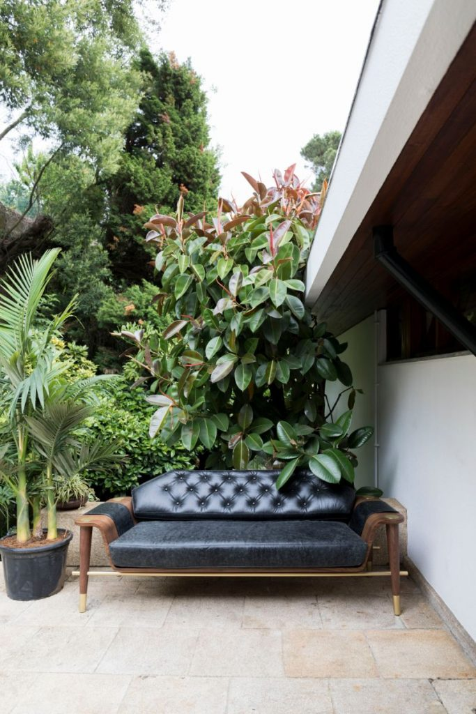 5 Ideas for a Perfect Garden Decor!🏡 garden decor 5 Ideas for a Perfect Garden Decor!🏡 Mid Century Sofas that will amazed your guests in 2020 2 683x1024