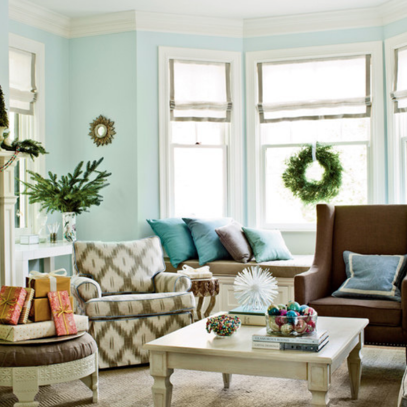 Our Favorite Christmas Decorated Living Rooms You'll Want To Replicate_2