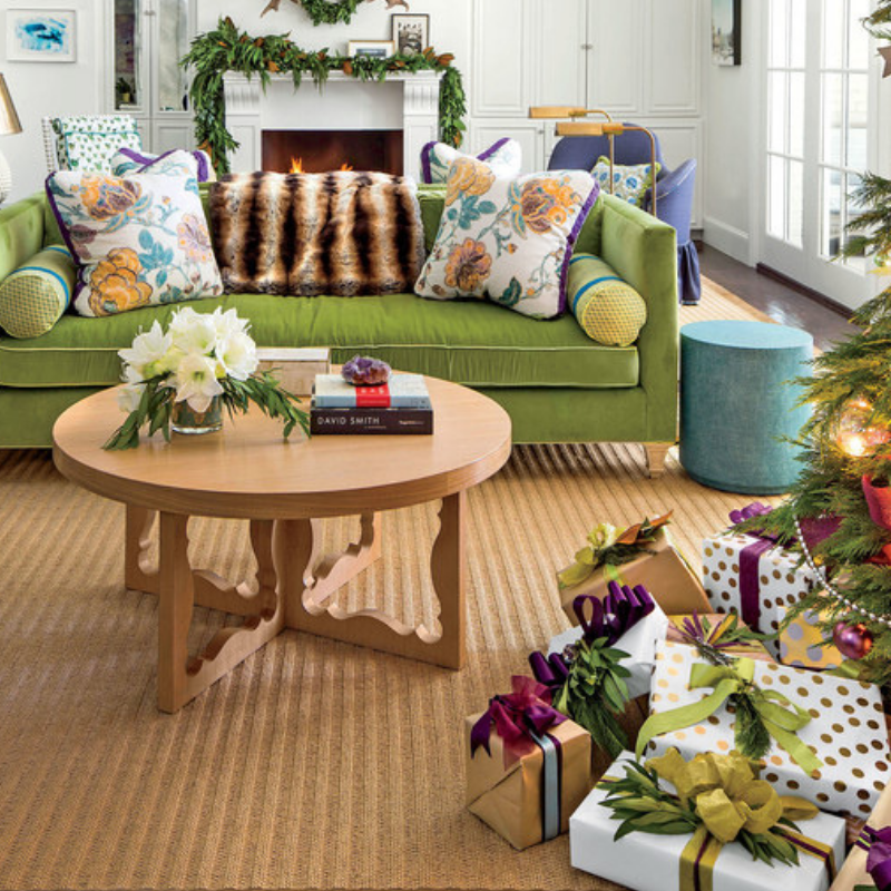 Our Favorite Christmas Decorated Living Rooms You'll Want To Replicate_5