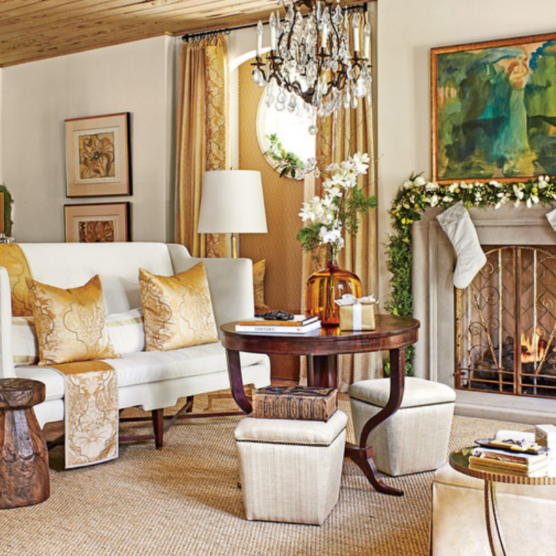 Our Favorite Christmas Decorated Living Rooms You'll Want To Replicate_7