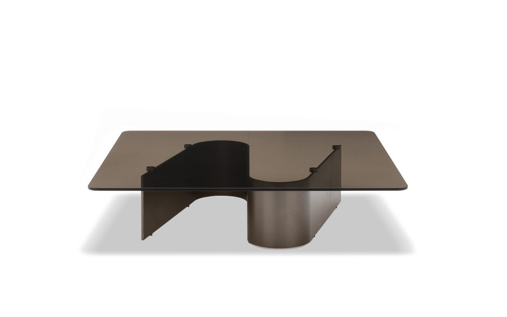 20 Luxury Center Tables You Need In Your Life_14 luxury center tables 20 Luxury Center Tables You Need In Your Life 20 Luxury Center Tables You Need In Your Life 14 1024x640